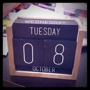 Traditional Block Calendar Desk Mate